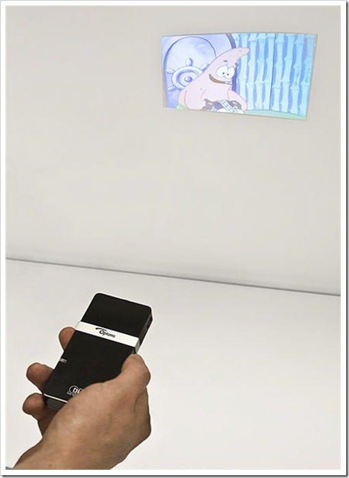 optoma-pico-projector01