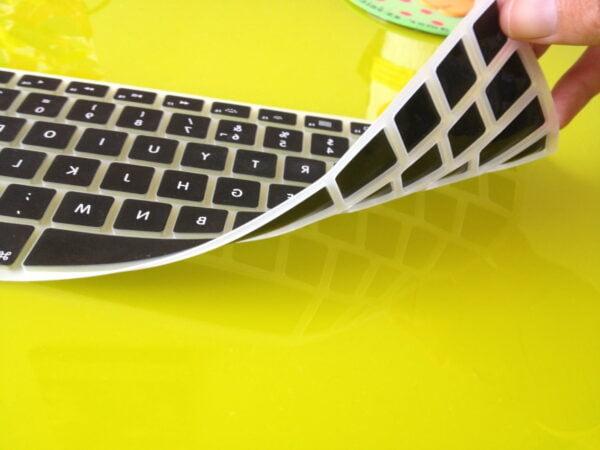 protector-teclado-macbook01-e1366861484181-600x450