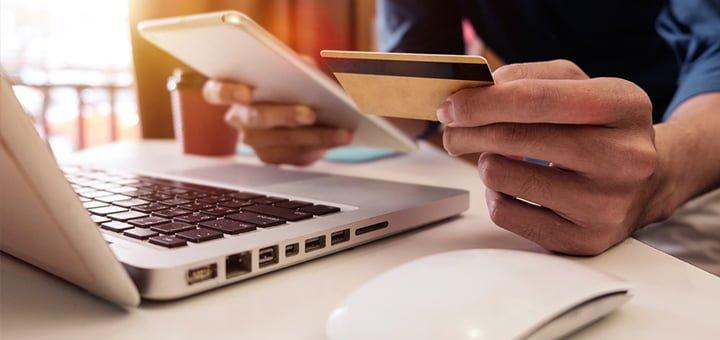 usa-tarjeta-credito-comprar-cyber-wow